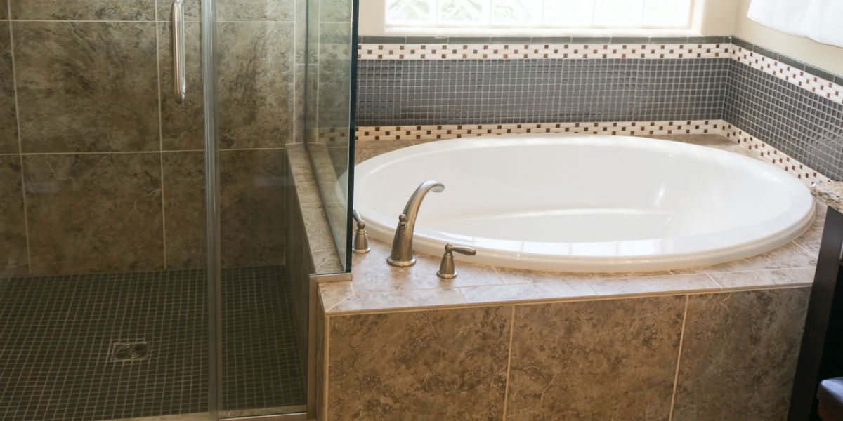 enclose-roman-shower-1200x600