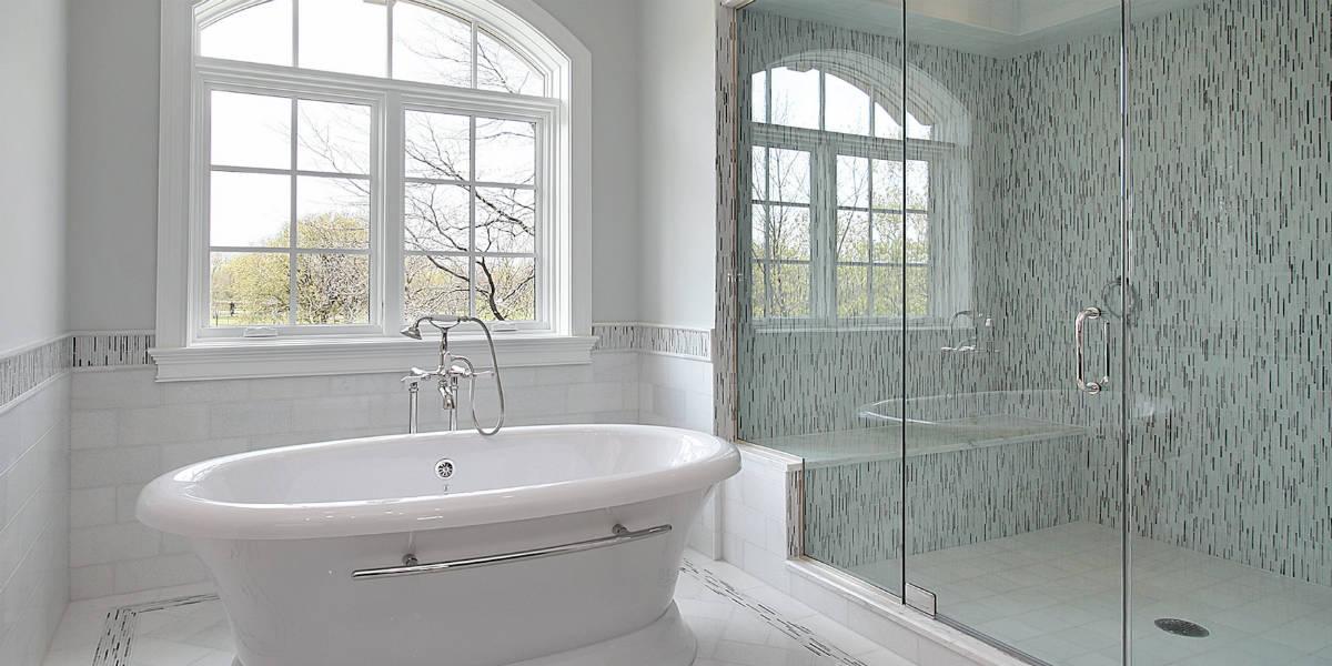 master-bath-freestanding-tub-1200x600